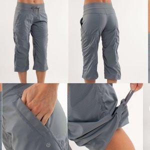 Lululemon scrunched studio capri pants gray size 4